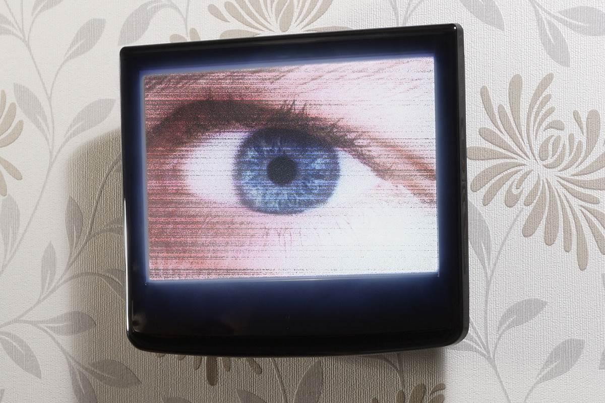 Rất nhiều bê bối về việc CIA hack người dùng Samsung, Apple...